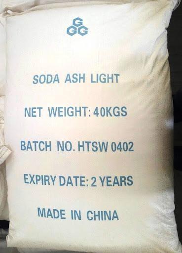 Hóa chất soda có dạng bột hoặc tinh thể, màu trắng