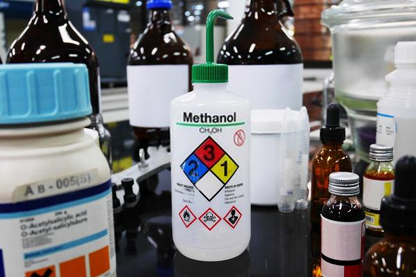 Methanol là một dung môi công nghiệp quen thuộc